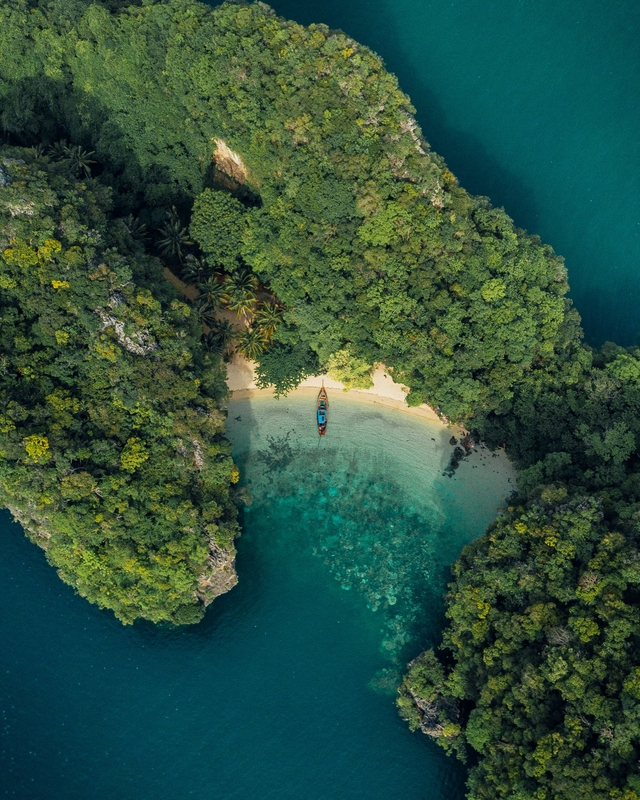 Koh Nah Bay - arial photograph 9 Hornbills Adult only Glamping Koh Yao